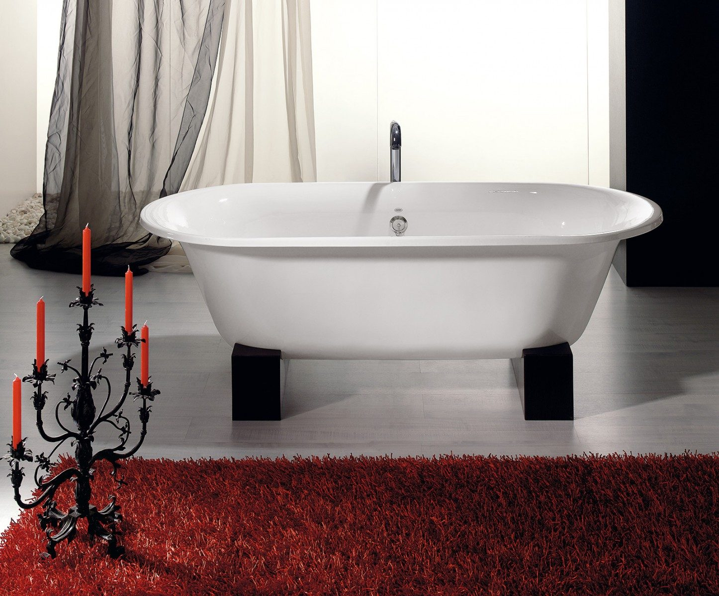 SOMERSET Cast Iron Bath with Wooden Base - Cheviot Products
