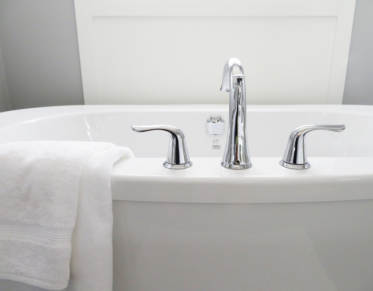 Timeless Bathroom Design: Tips from the Experts - Cheviot Products