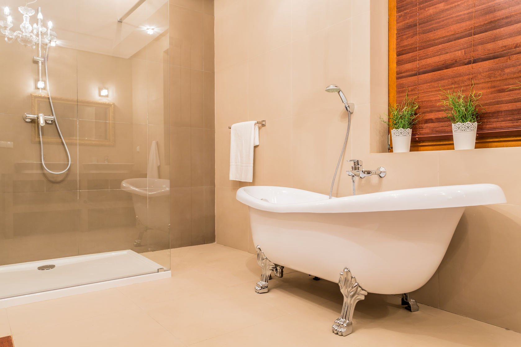 gorgeous combinations: matching bathroom fixtures and wall