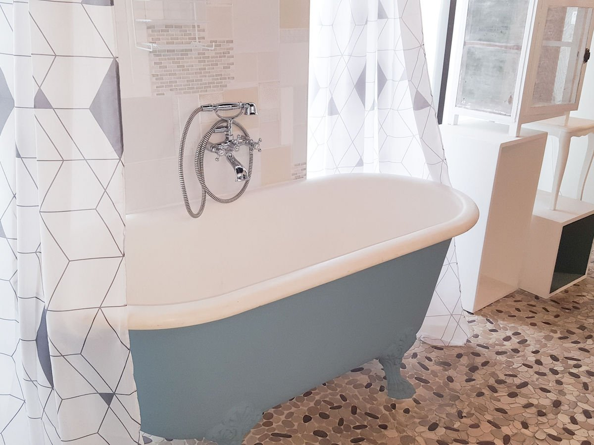 How To Create A Clawfoot Tub Shower